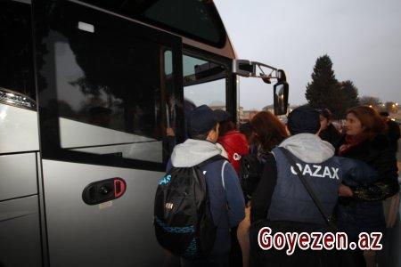 """Qazaxlı məktəblilər """"Ölkəmizi tanıyaq"""" tur-aksiya çərçivəsində"""