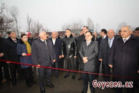 Kommuna kəndinə çəkilmiş yeni avtomobil yolu istifadəyə verilib