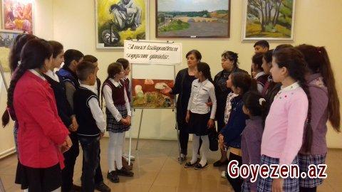 Məktəblilər ekskursiyalarda fəal iştirak edirlər