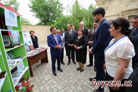 Ulu öndərə həsr olunmuş kitab sərgisi keçirilib