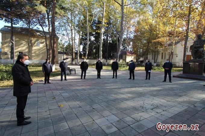 Qazax Rayon İcra Hakimiyyətinin başçısı Rəcəb Babaşov Qazaxın işğal altında olan 7 kəndinin sakinləri ilə görüş keçirib